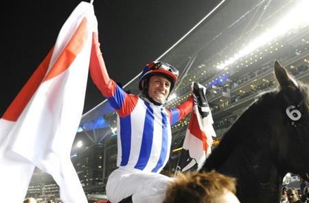 2011年にヴィクトワールピサでドバイワールドカップを制したミルコ・デムーロ騎手